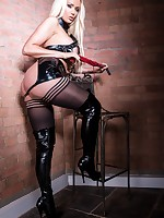 Lucy Zara latex domina